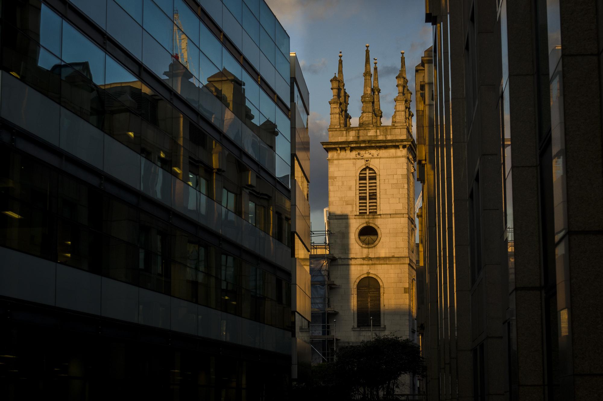Saint Mary Somerset Tower - London  PHOTOGRAPHY: ALEXANDER J.E. BRADLEY • NIKON D7000 • AF-S NIKKOR 24-70mm ƒ/2.8G ED @ 70MM • ƒ/7.1 • 1/200 • ISO 200