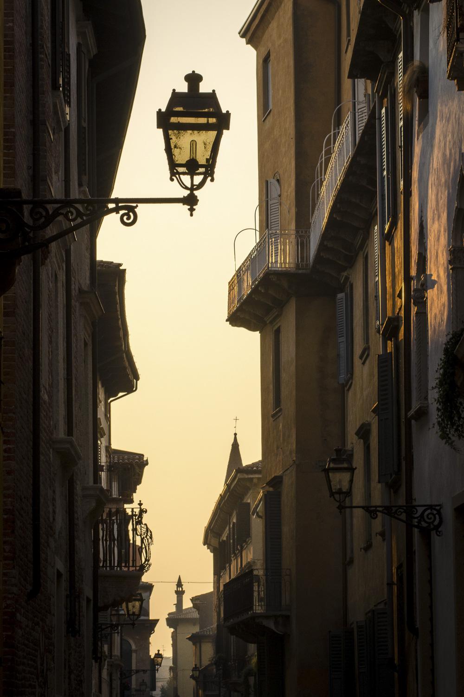 Verona  PHOTOGRAPHY: ALEXANDER J.E. BRADLEY • NIKON D7000 • AF NIKKOR 80-200mm ƒ/2.8 D ED @ 80MM • ƒ/16 • 1/250 • ISO 400