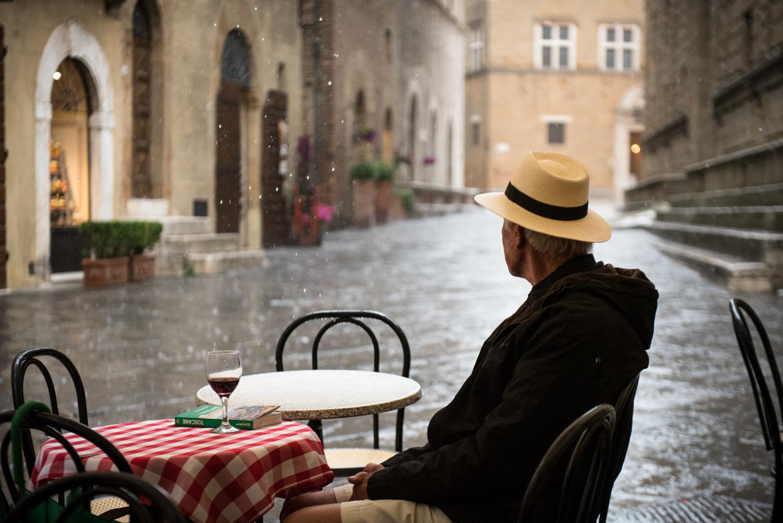 Rainy day in Pienza  PHOTO: ANNA VOLPI • NIKON D750 • 24-70mm Ƒ/2.8 @ 70mm • Ƒ/2.8 • 1/800 • ISO 2000