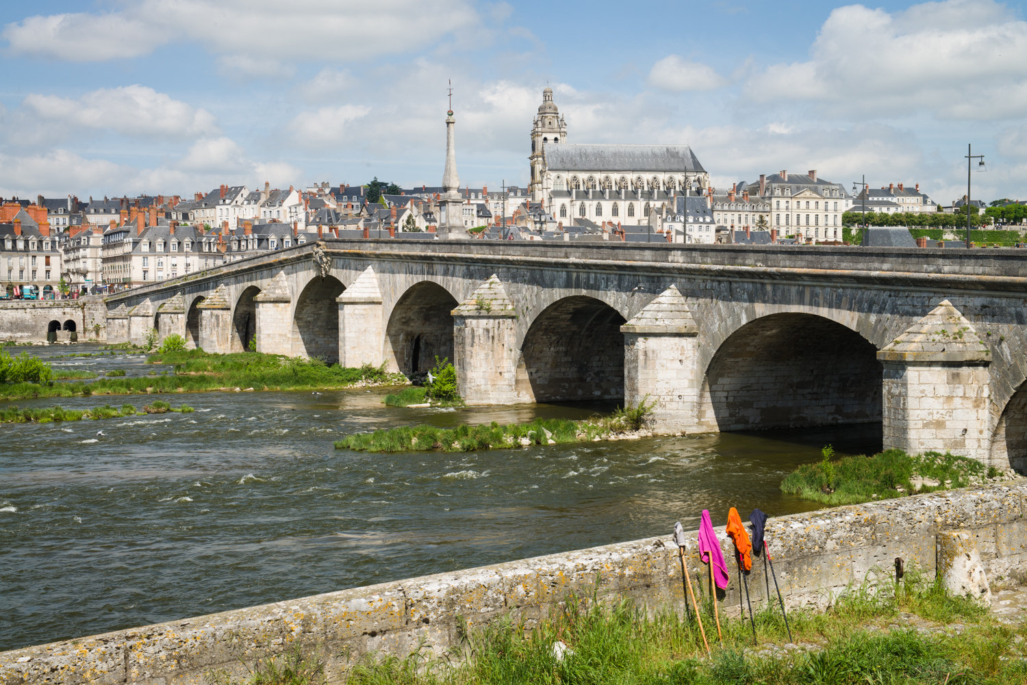 Blois, Loire Valley  PHOTOGRAPHY: William Lounsbury • NIKON D800 • AF-S NIKKOR 24-70MM F/2.8G ED @ 52MM • Ƒ/11 • 1/200 • ISO 200