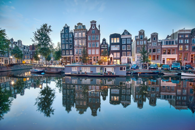 Amsterdam Dawn 01.jpg