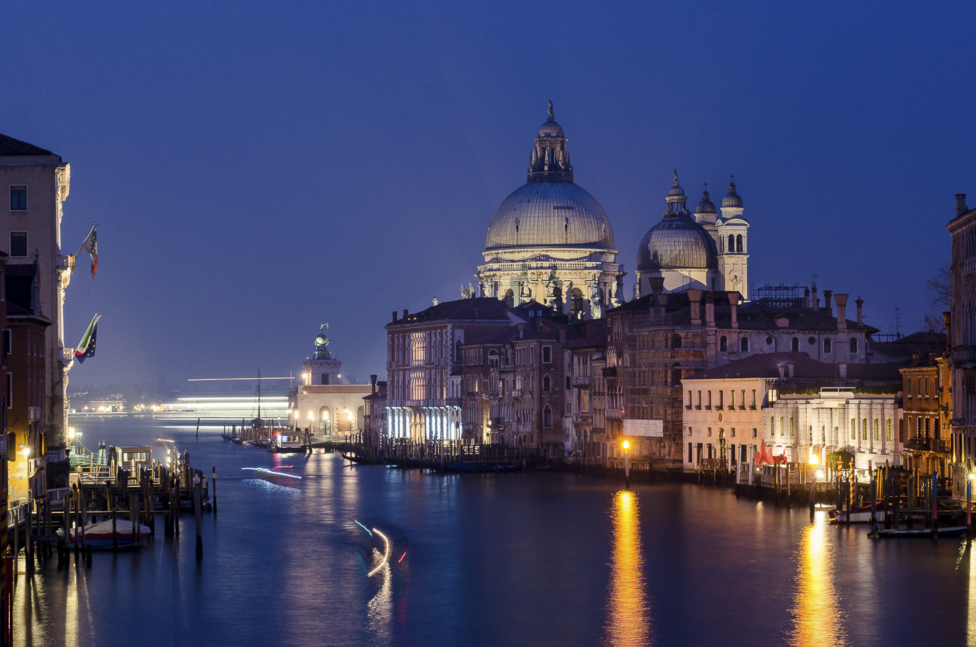 venice-night-photo-tour-001-aperture-tours.jpg