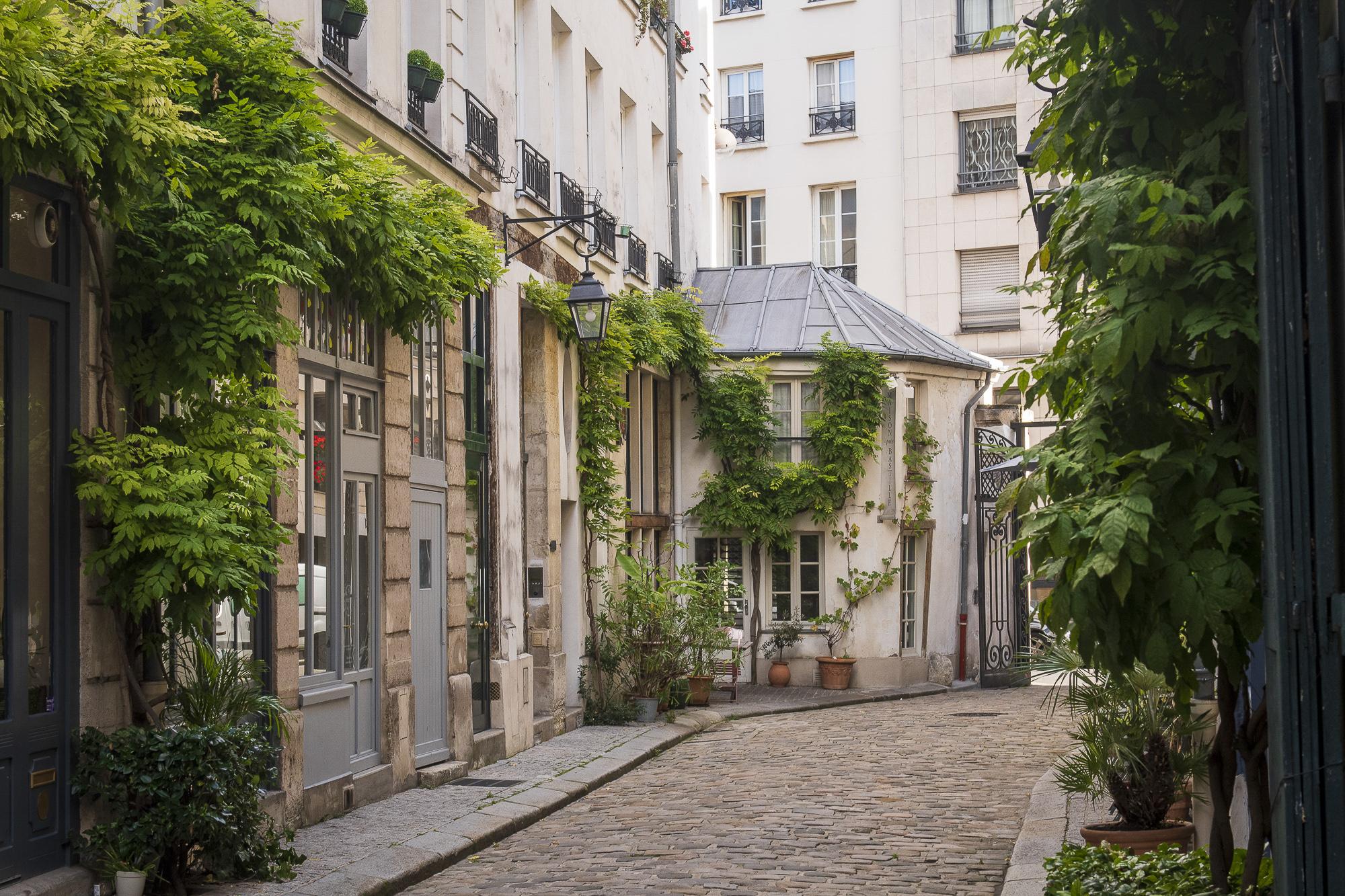 paris-photo-tour-015.jpg