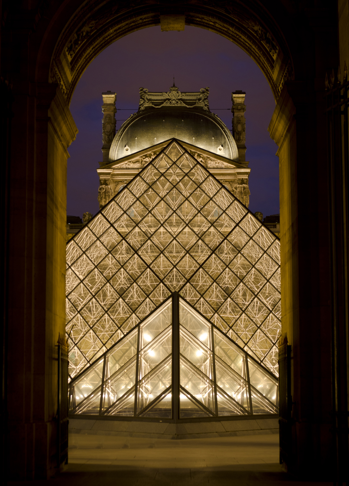 paris-night-photo-tour-005.jpg