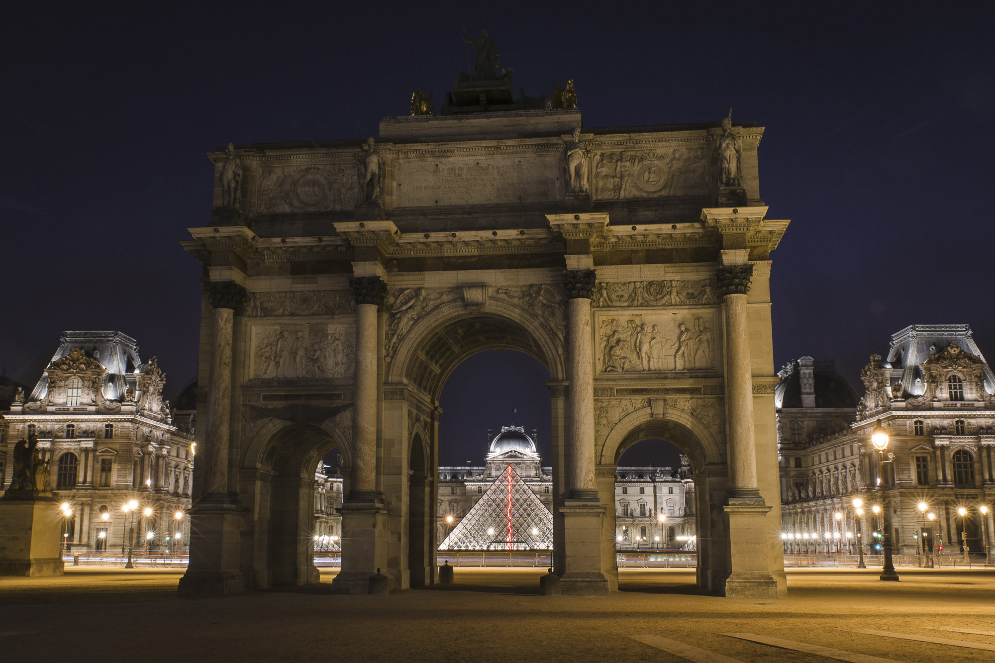 paris-night-photo-tour-009.jpg