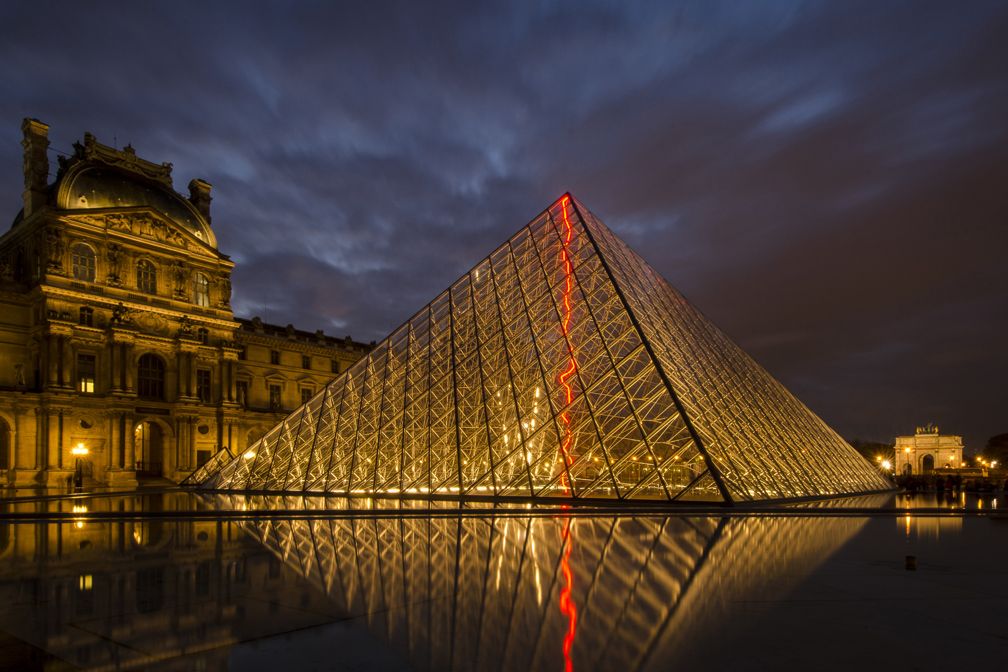 paris-night-photo-tour-010.jpg