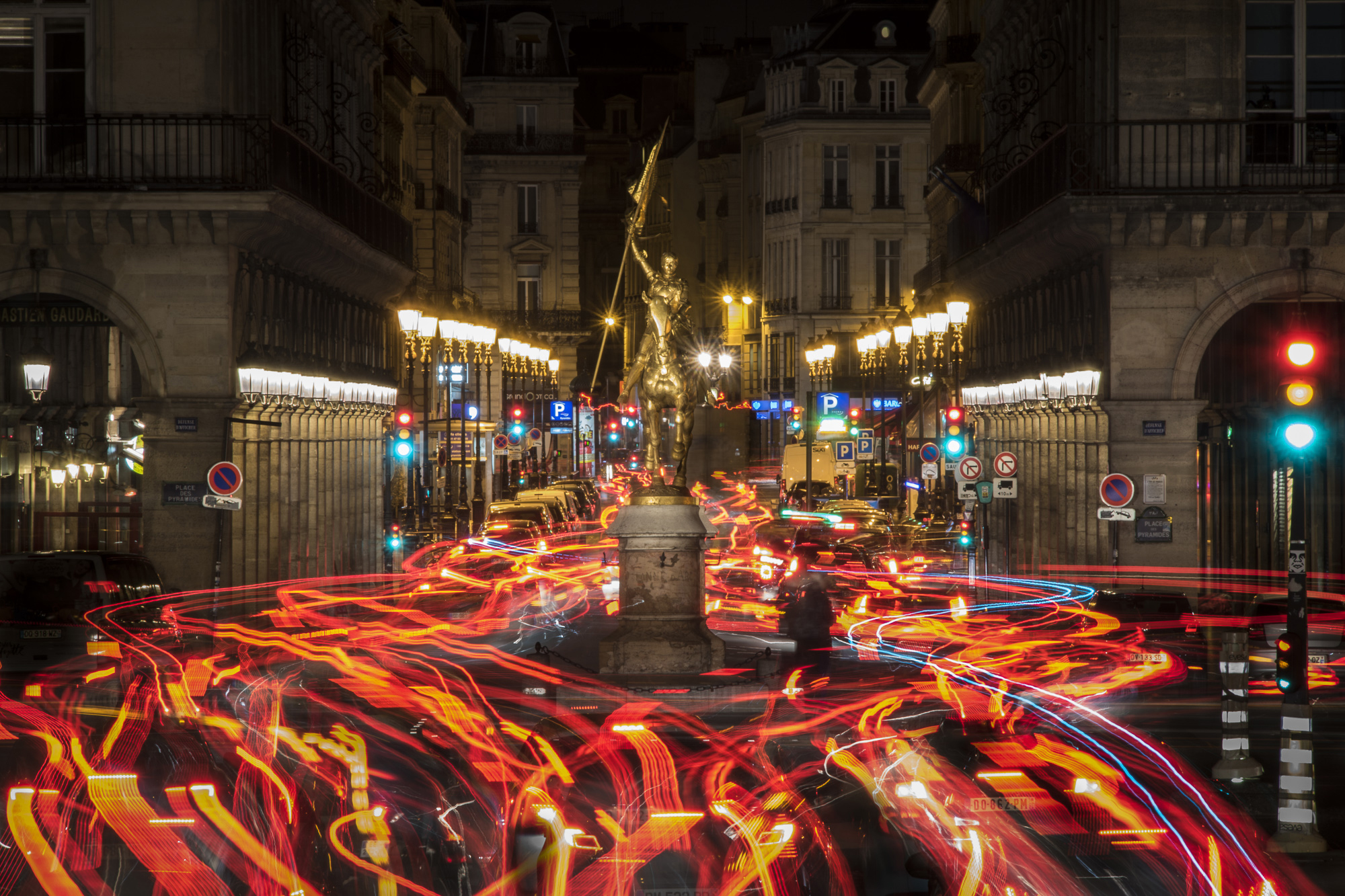 paris-night-photo-tour-014.jpg