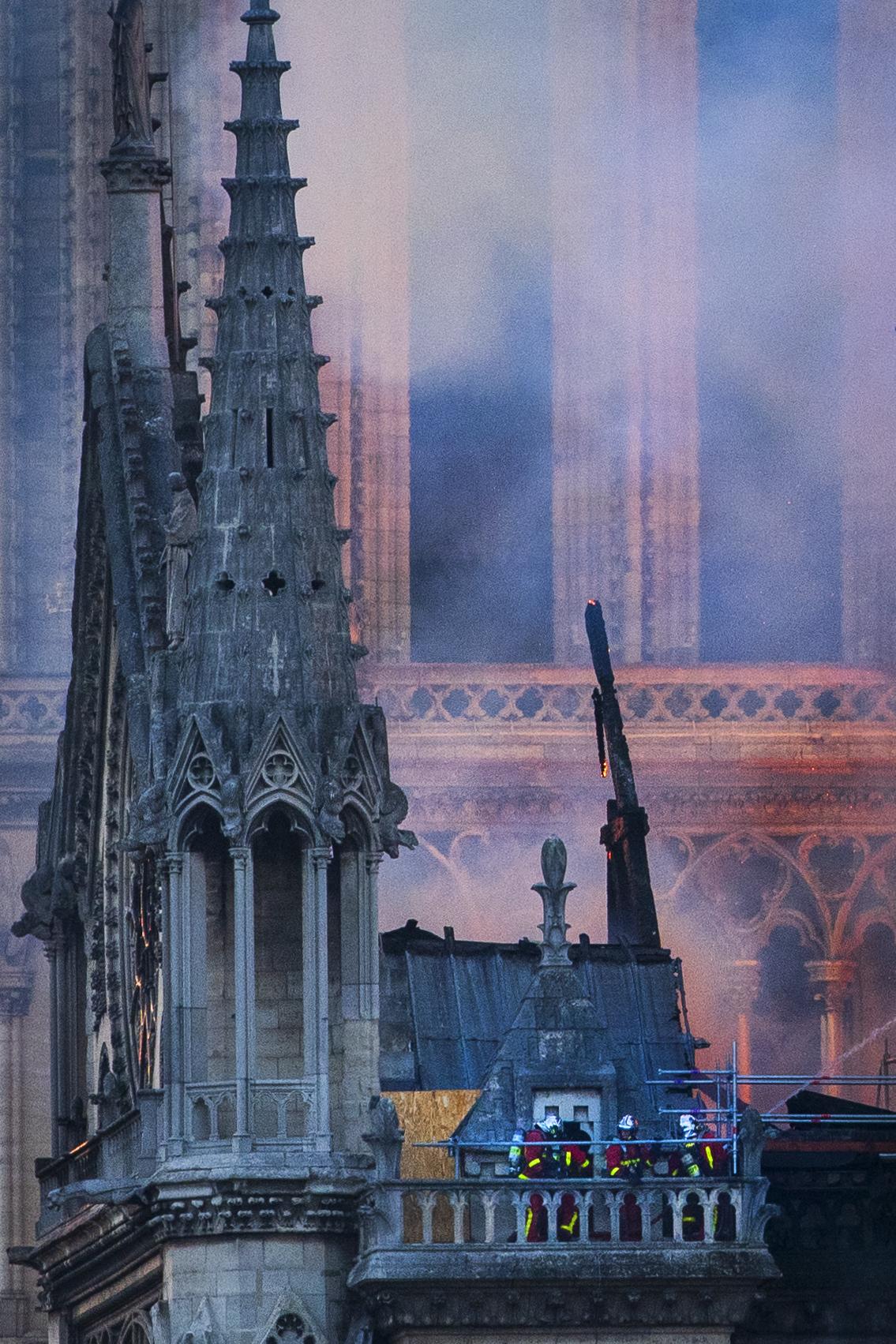Notre Dame Fire 15/April/2019  PHOTOGRAPHY: ALEXANDER J.E. BRADLEY • NIKON D500 • AF-S NIKKOR 70-200MM Ƒ/2.8 FL ED VR @ 200MM • Ƒ/5.6 • 1/500 • ISO 200