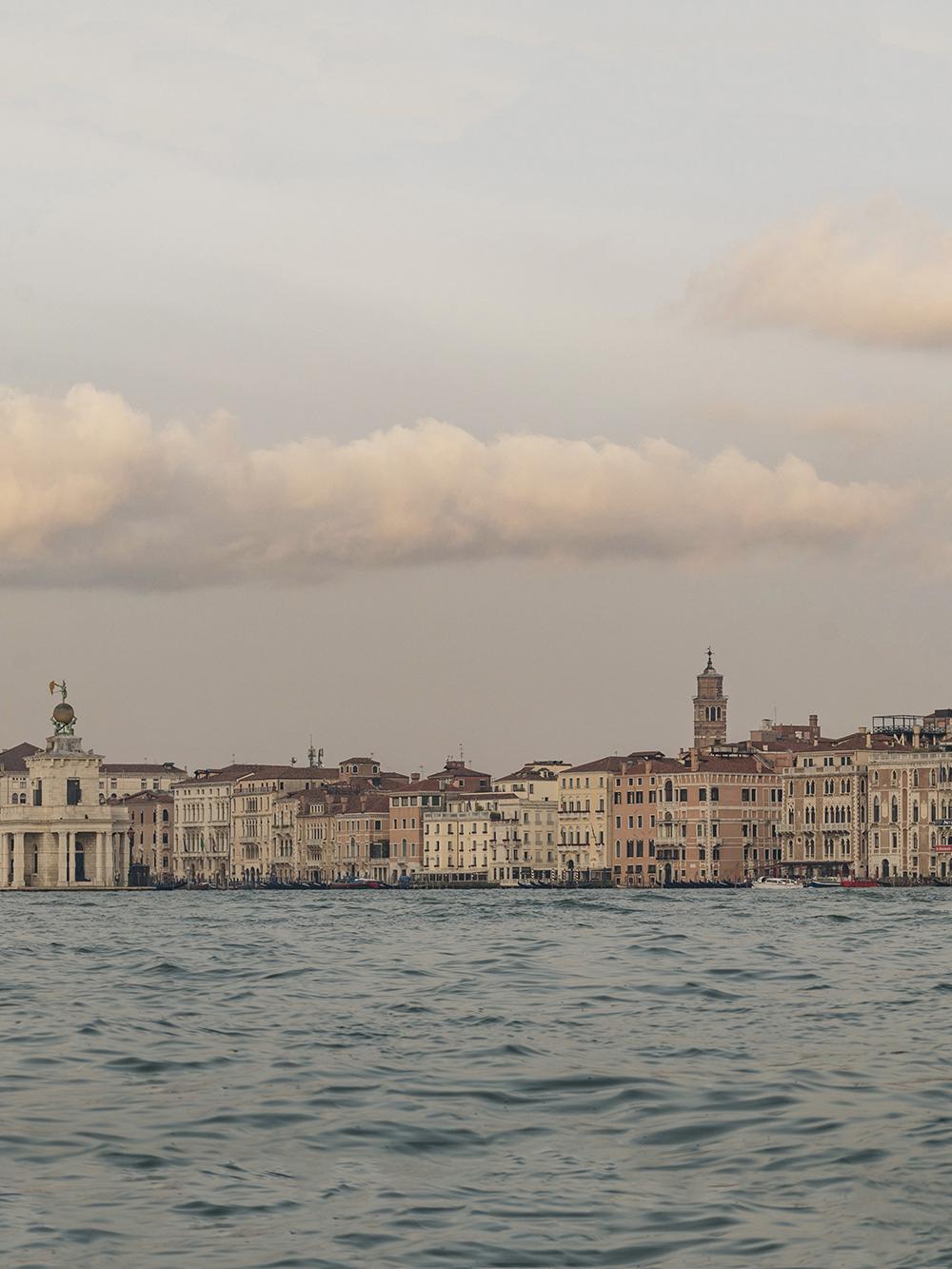 Venice-Panorama-02a.jpg
