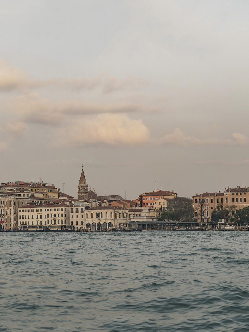 Venice-Panorama-02b.jpg