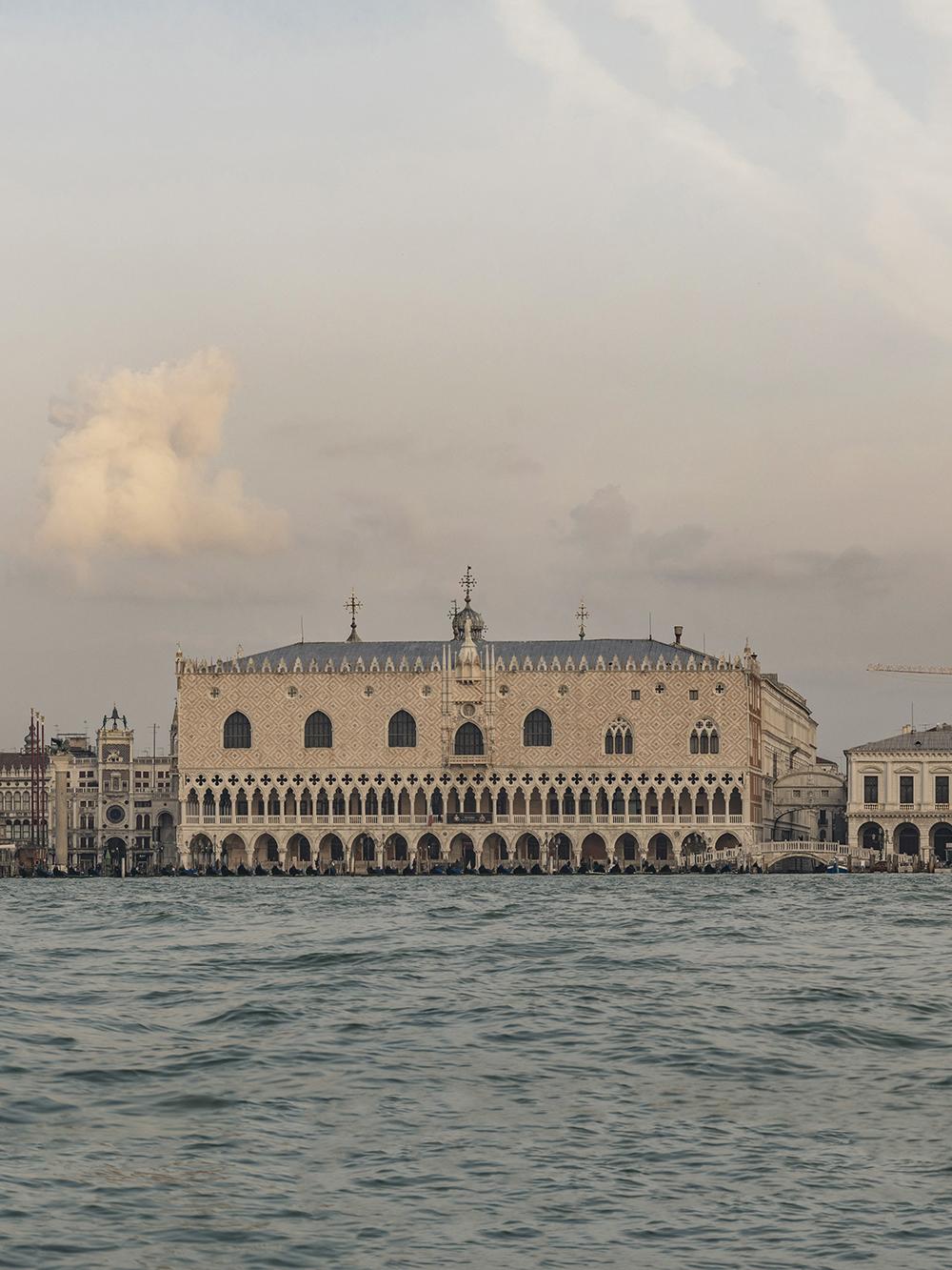 Venice-Panorama-03b.jpg