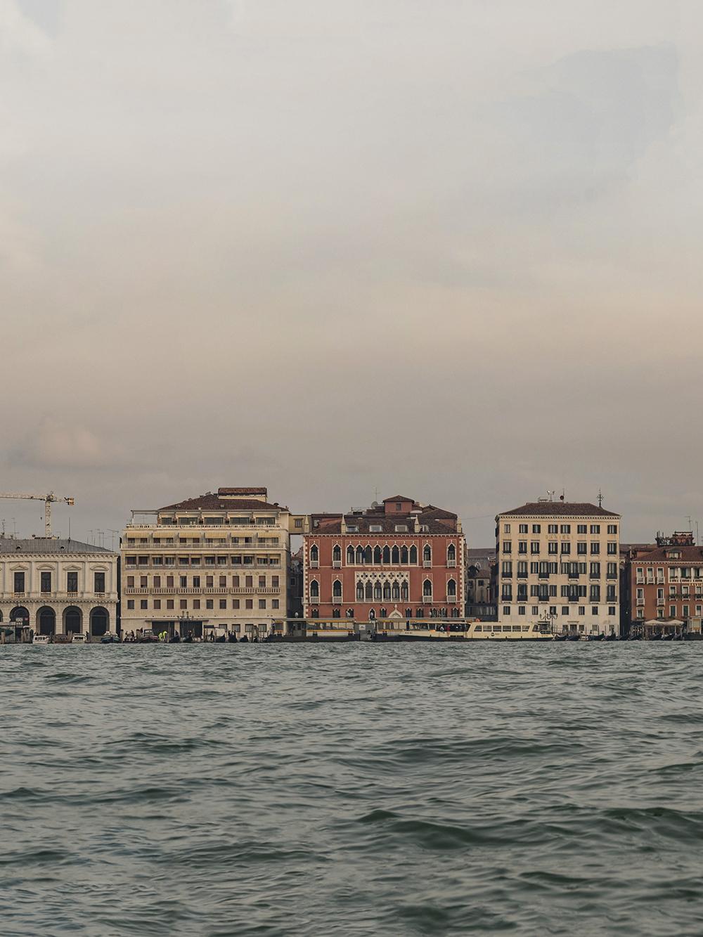 Venice-Panorama-04a.jpg
