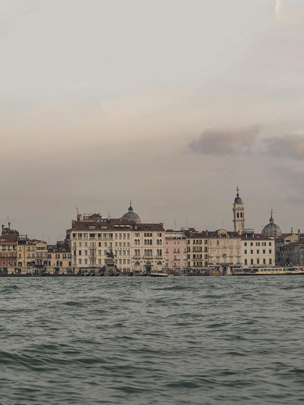 Venice-Panorama-04b.jpg