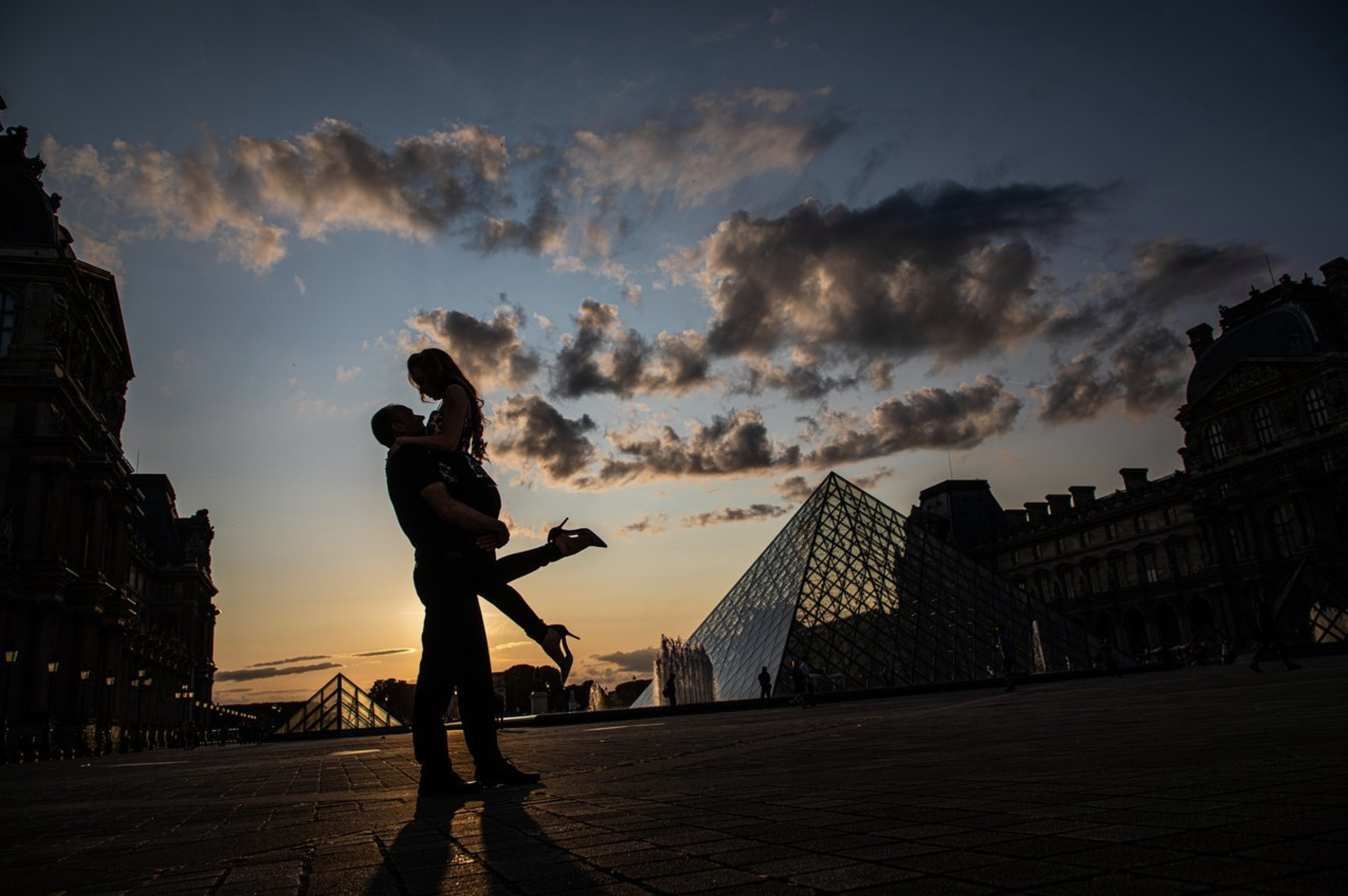 Andrew and ASHLEY as shot by Pathias on a Paris Portraits Photoshoot