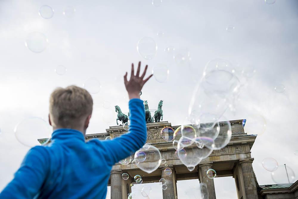 brandenburg bubbles 64.jpg