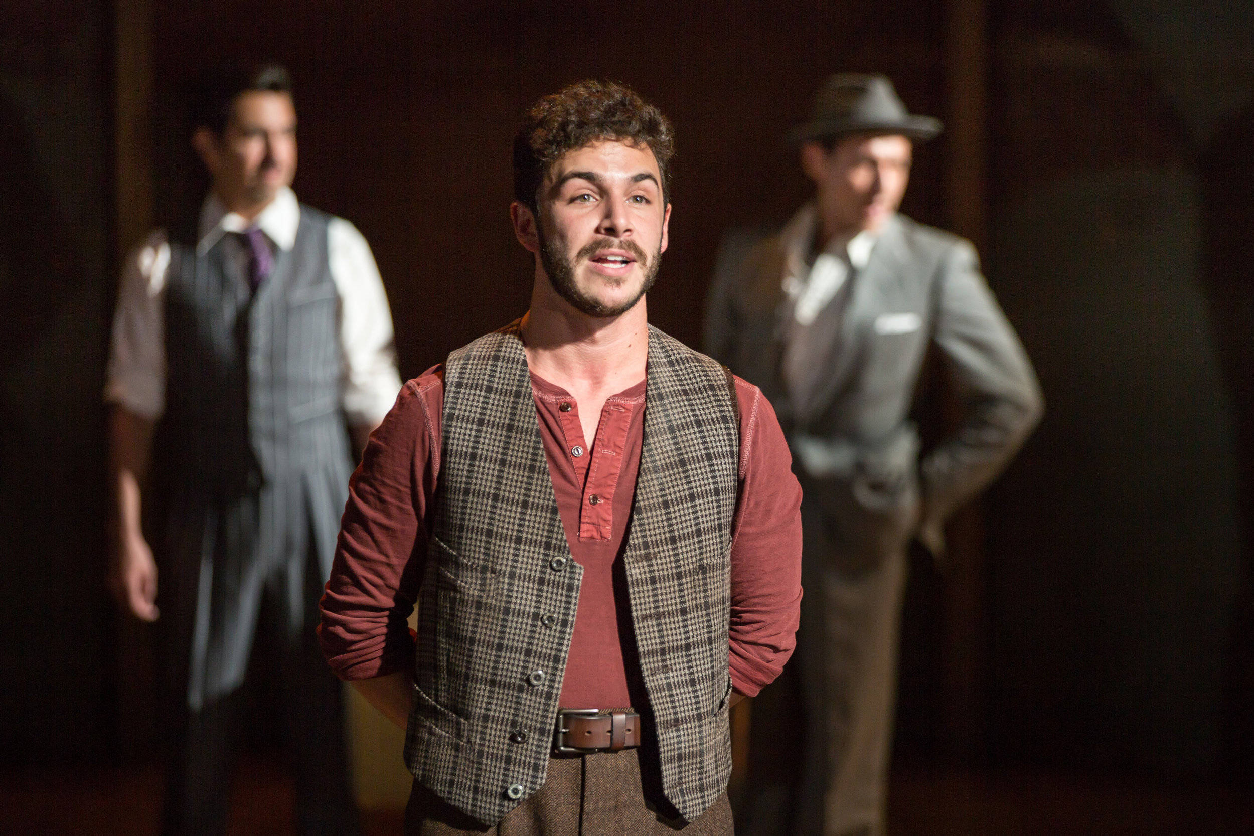"REVIEW ST. LOUIS - '""The show is narrated by Che, played by Pepe Nufrio. The actor is tremendously talented as he takes us through the life of Evita. Nufrio has a charisma that leaps off the stage, and a beautiful singing voice to match. His song with Aravena in ACT II, ""High Flying, Adored"" is wonderful. Not only does he help the audience understand what is going on over the span of nearly two decades, but keeps things quite entertaining as well. His performance is charming and heartfelt from beginning to end."""