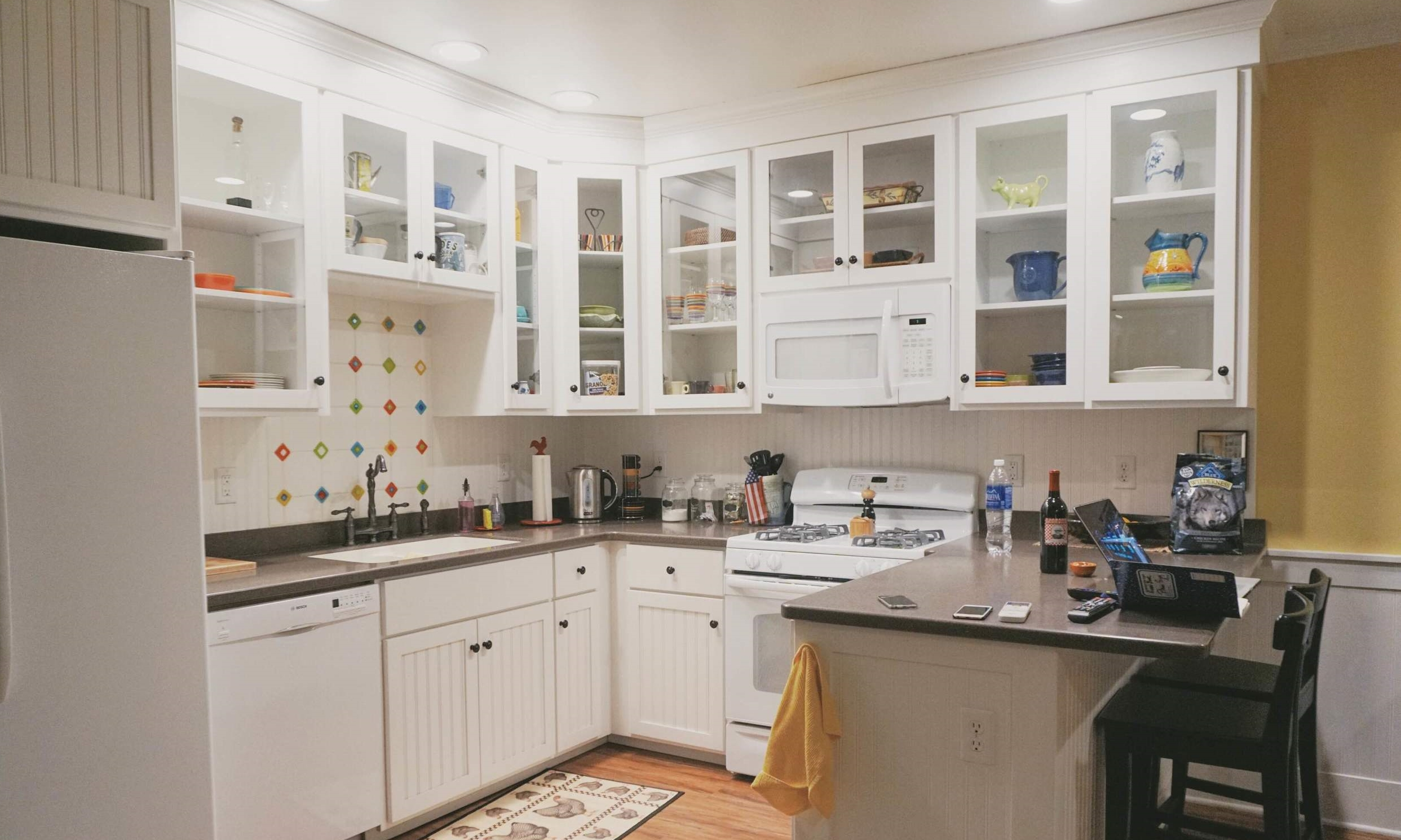 The kitchen was clean and fully equipped! *heart eyes*