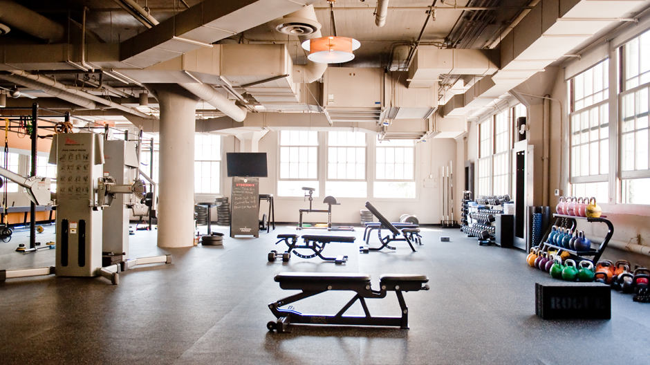 One of my favorite studios: The Strength Studio! Tons of equipment including kettlebells, and 6 platforms. YES.(pc: Studiomix)