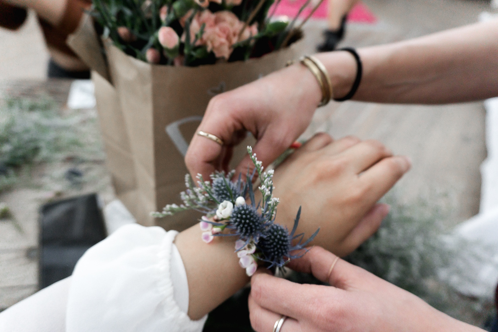 Flower bracelet tutorial by  Le Bouquet SF