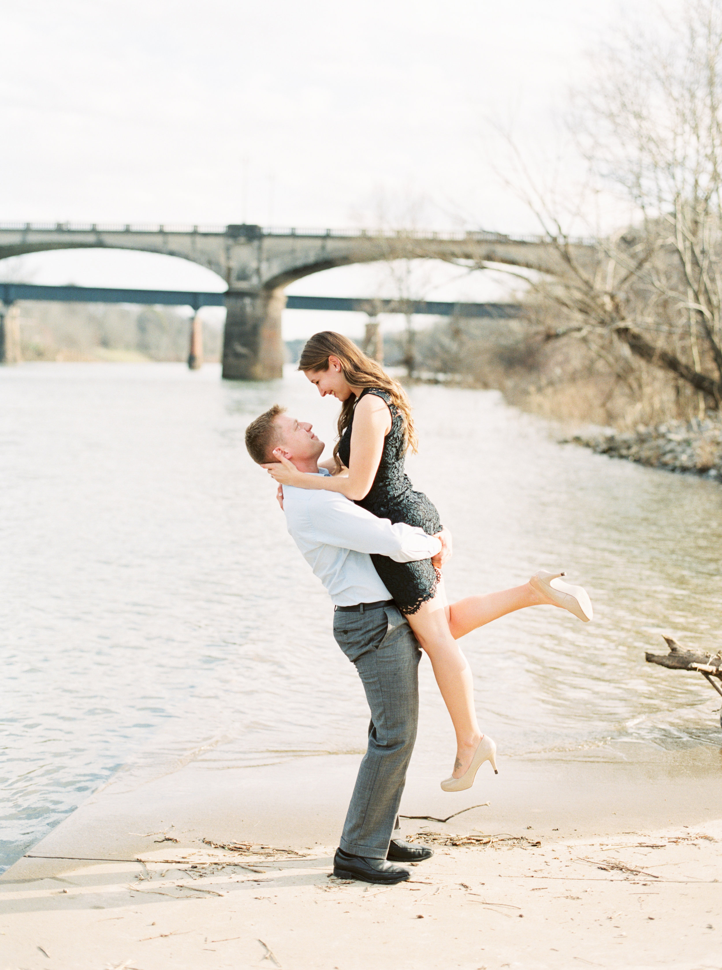 M_and_Z_Engagement_Columbus_Georgia_Riverwalk_Fallen_Photography_Film-65.jpg