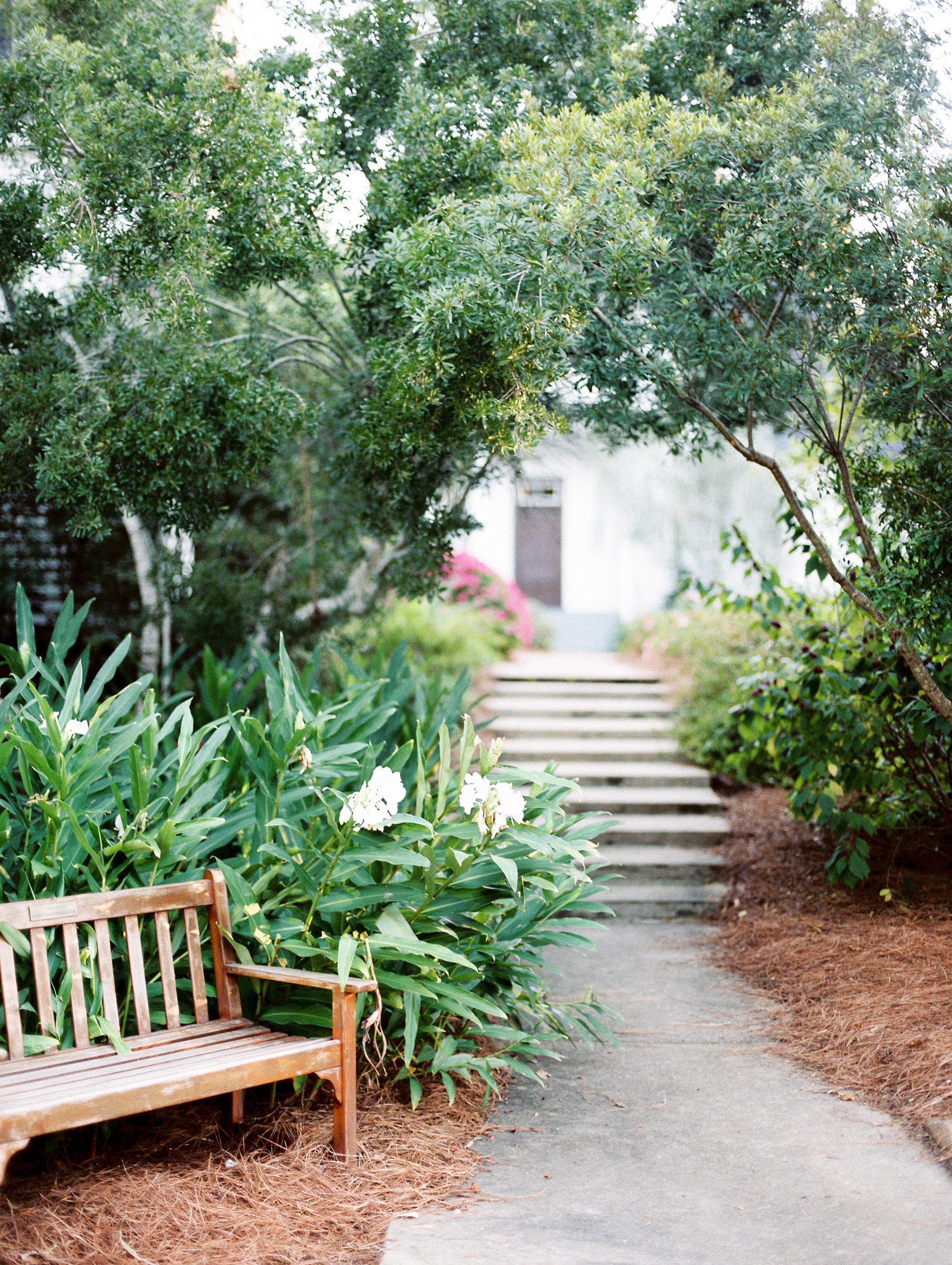 Weaver_Family_Botanical_Gardens_Columbus_Georgia_Fallen_Photography-100.JPG