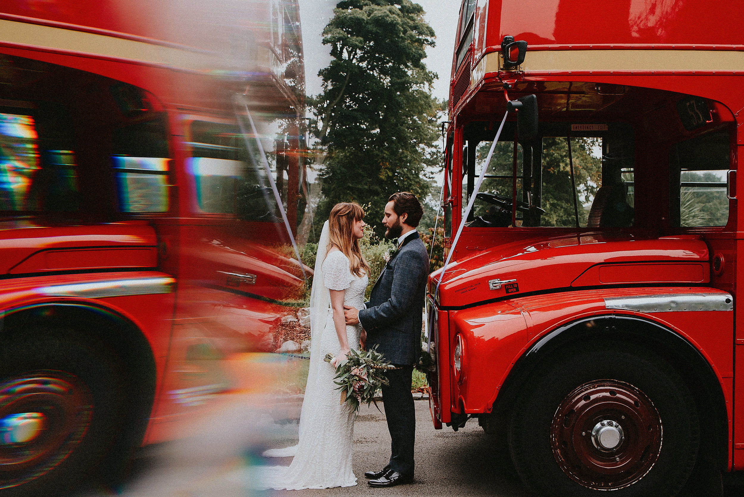 From beautiful florals to the epic grounds of Bagden Hall, Huddersfield. This South Yorkshire wedding with the stunning Gemma & David is full of heart in the beginnings of Autumn.