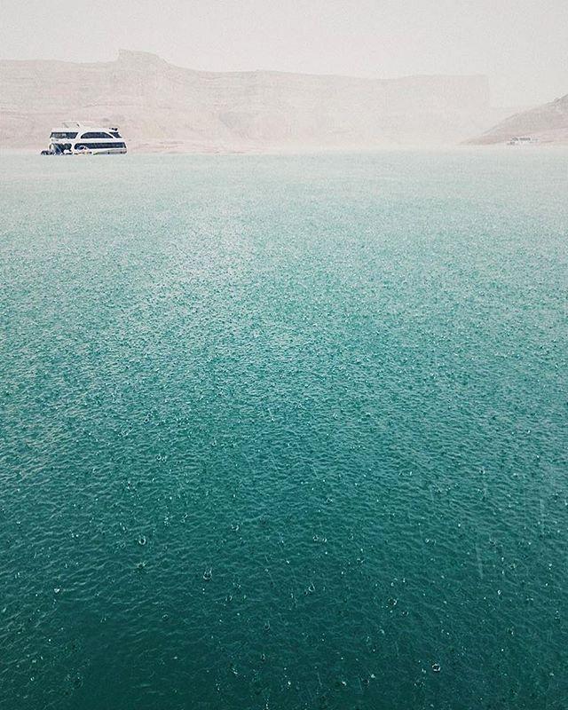 Photo from Volume Two- Stories Untold. ••••• 📷: @jordan_is ••••• #lakepowell #rain #roamingshutter #slcphotographer #utahphotographer #utah #storm #houseboat #aqua