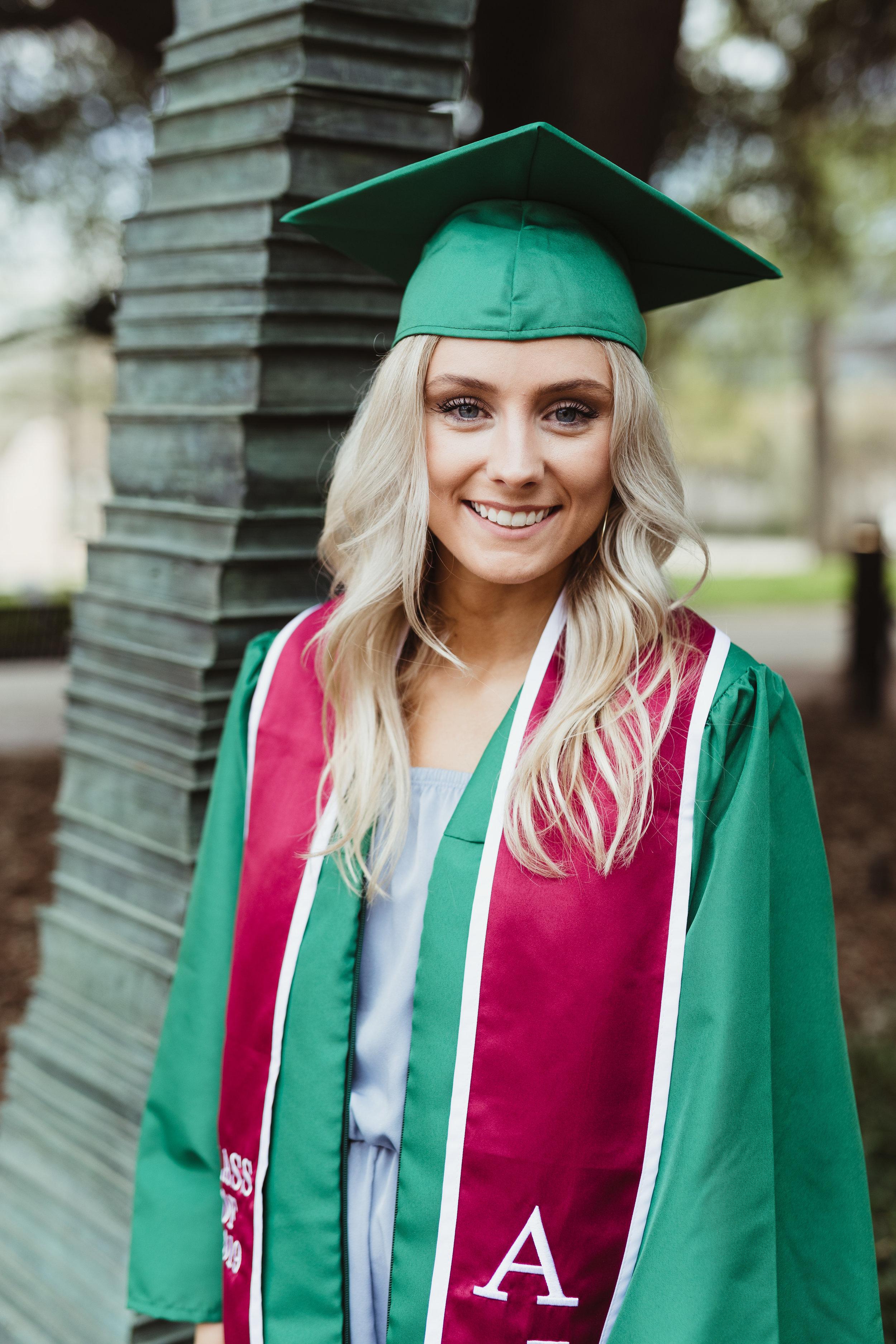 Kyliehull_claire-senior-23.jpg