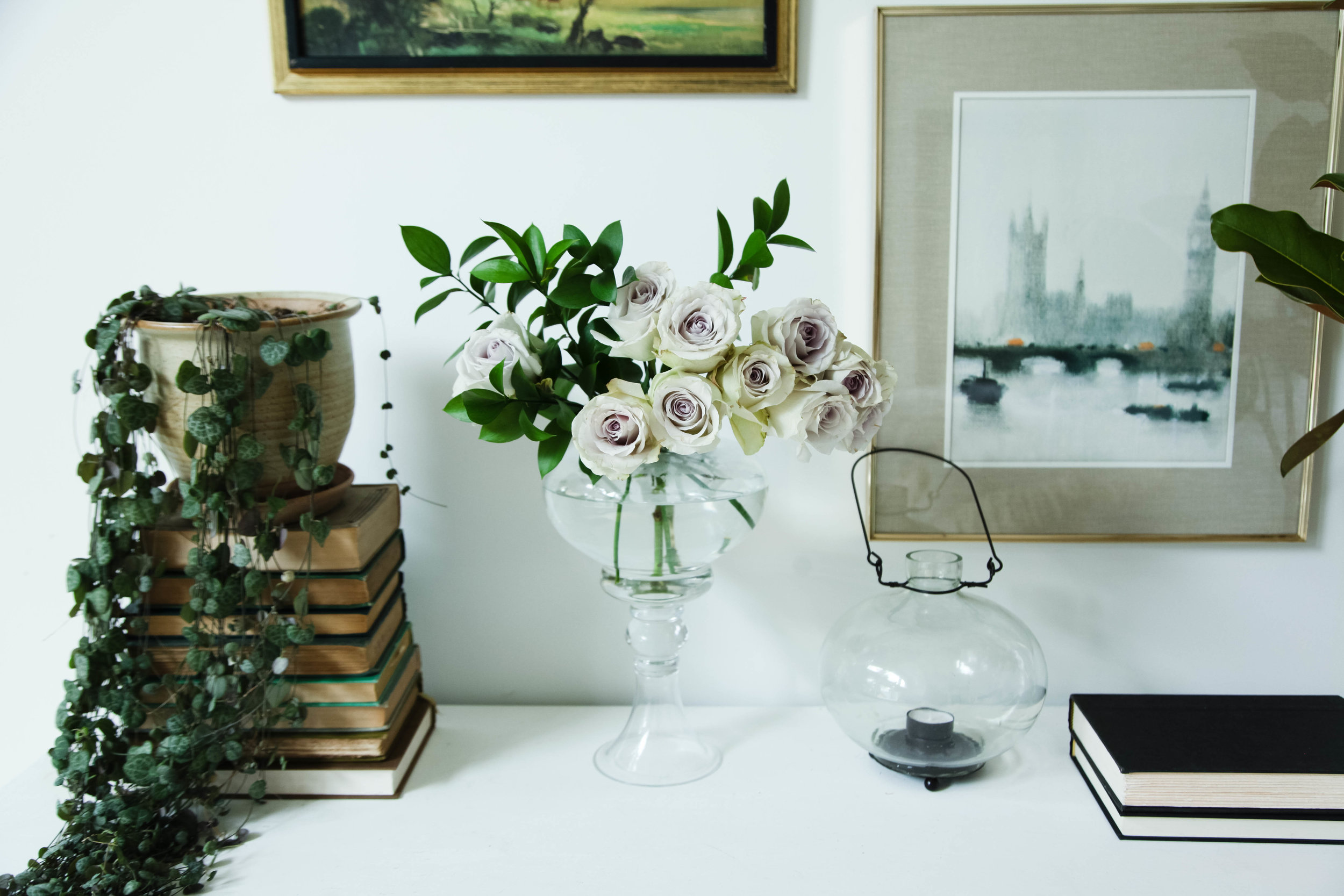 style tip: Add grey roses in a apothecary jar.
