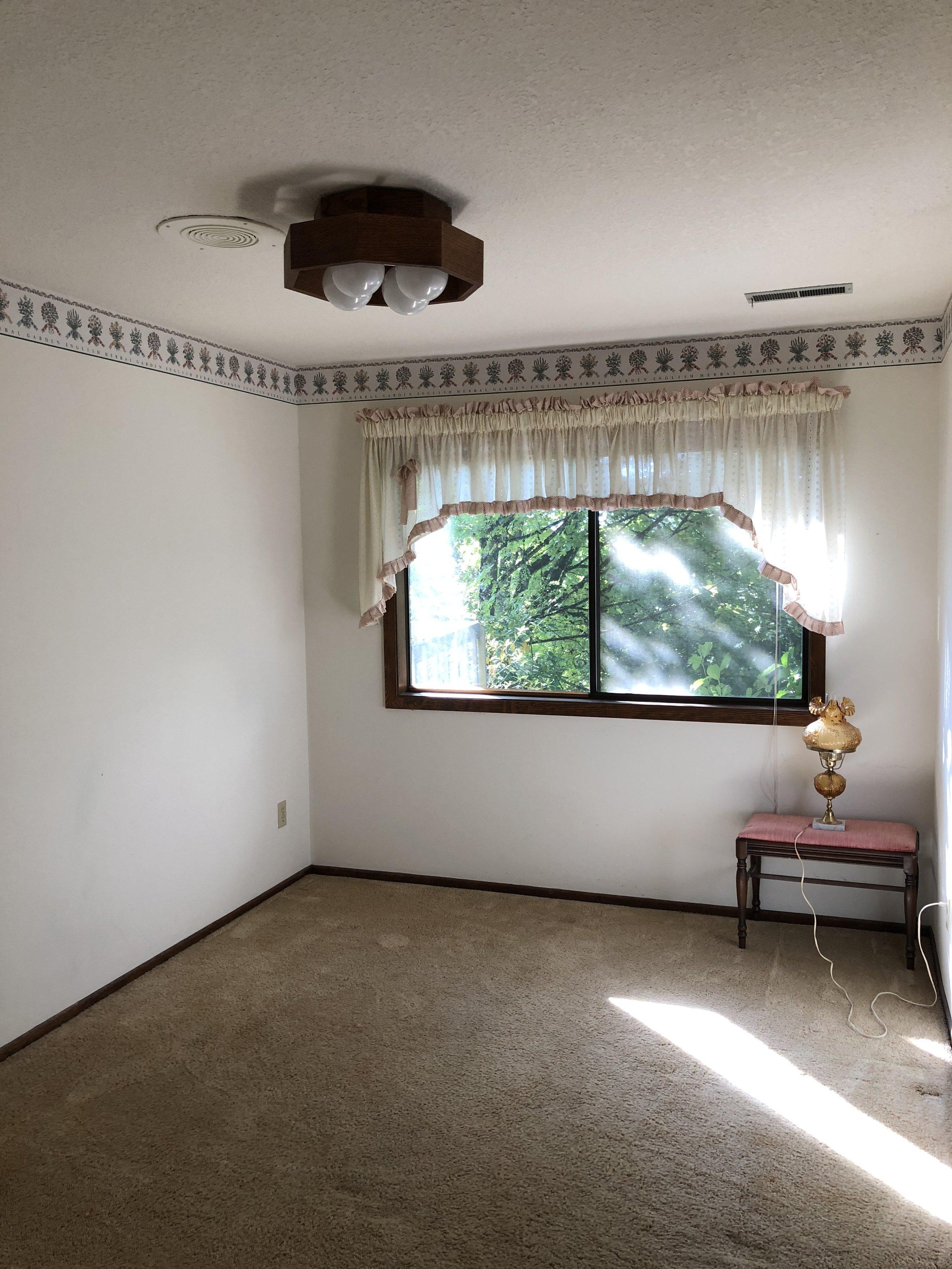 BEFORE // Guest bedroom