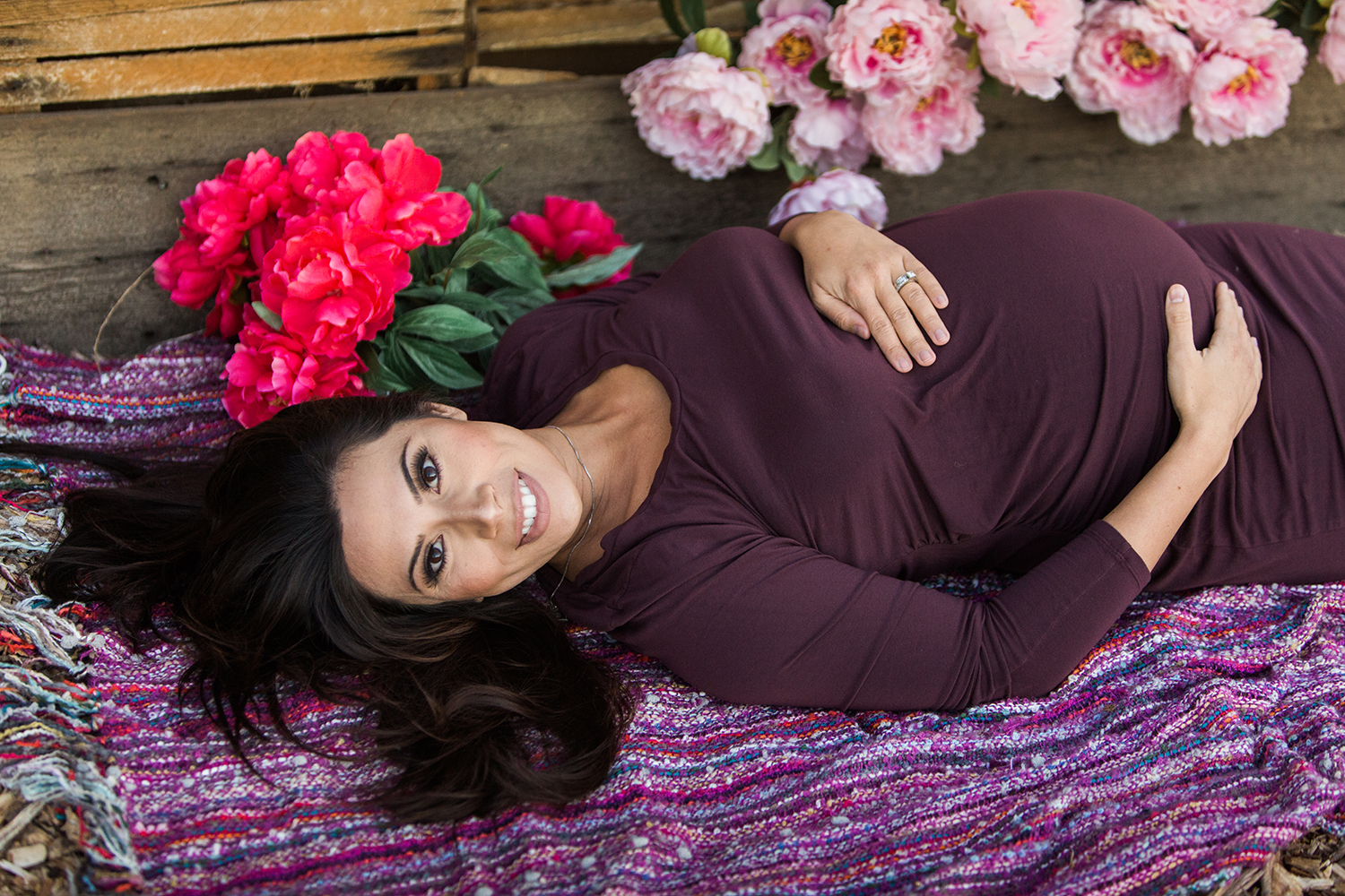 Dena_Rooney_Maternity_Portraits_008.jpg