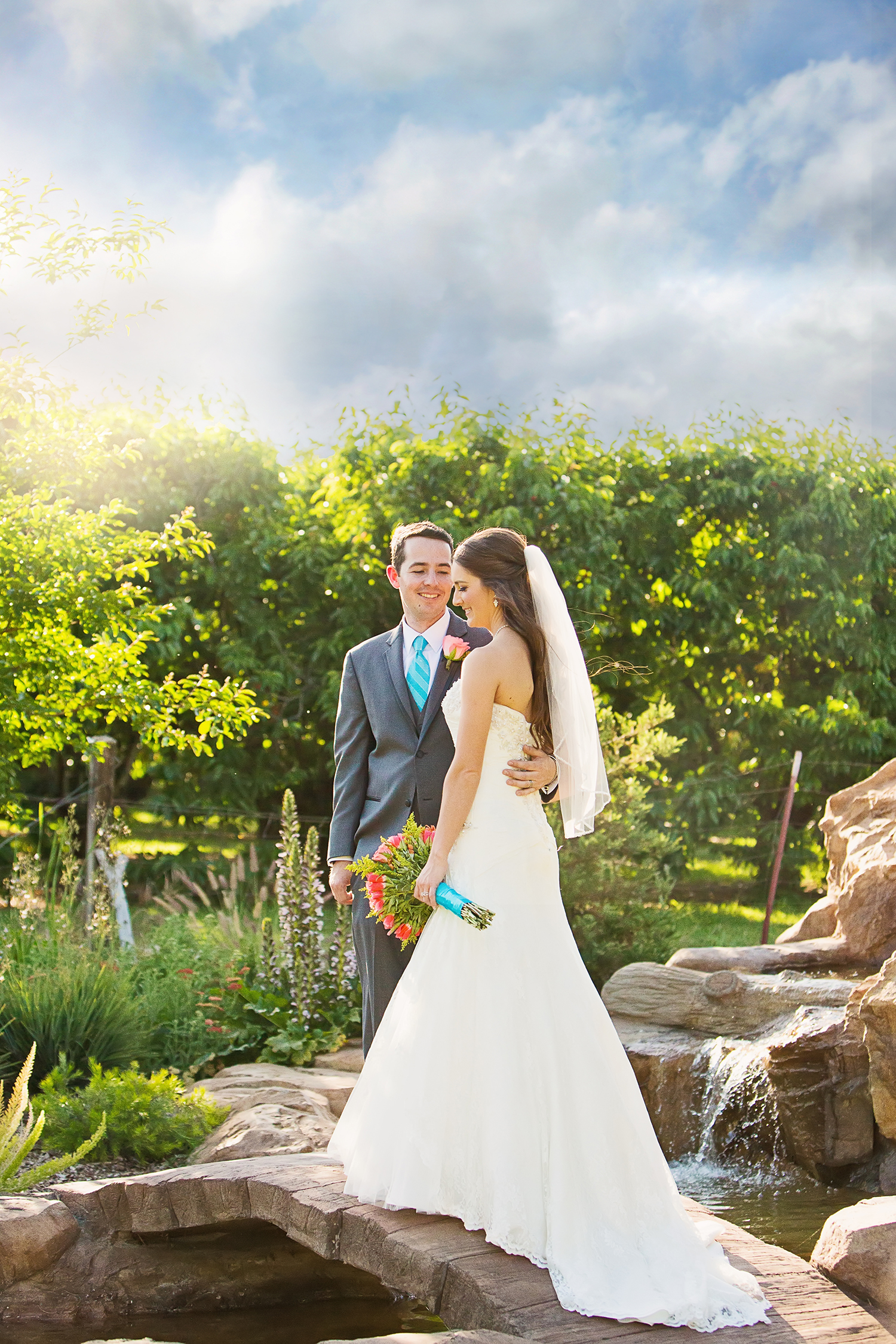 Dena_Rooney_Wedding_Photographer_Shellys_Country_Garden_011.jpg