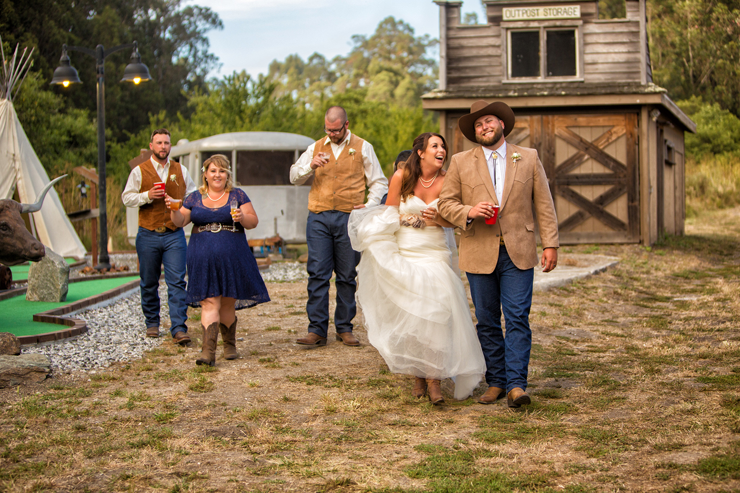 Dena_Rooney_Wedding_Photographer_Long_Branch_Farms_044.jpg