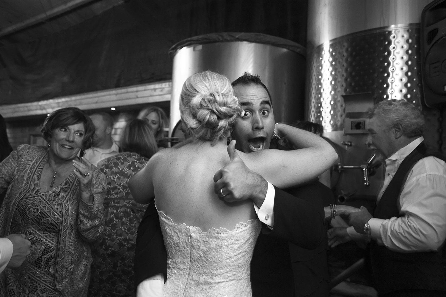 Dena_Rooney_Wedding_Photographer_Chruch_wedding_020.jpg