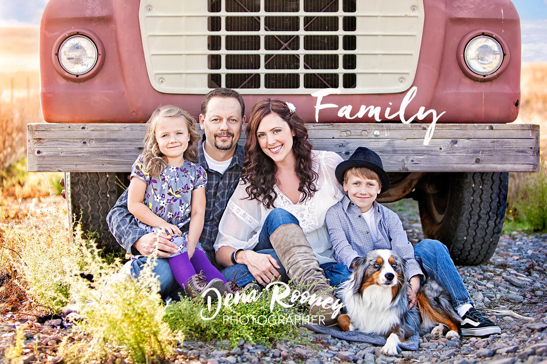 Dena_Rooney_family_photographer_cover.jpg
