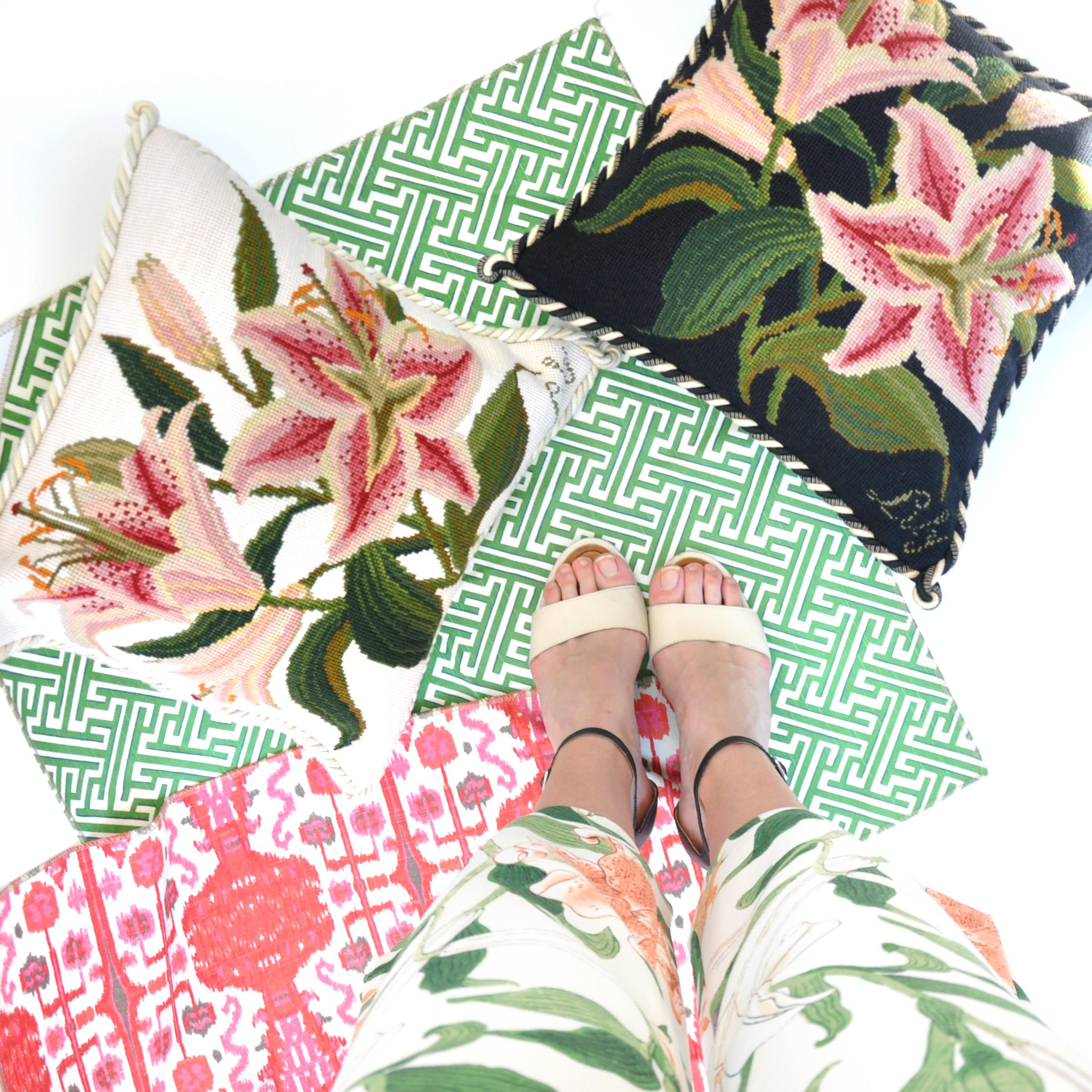 Botanical Lily on Cream
