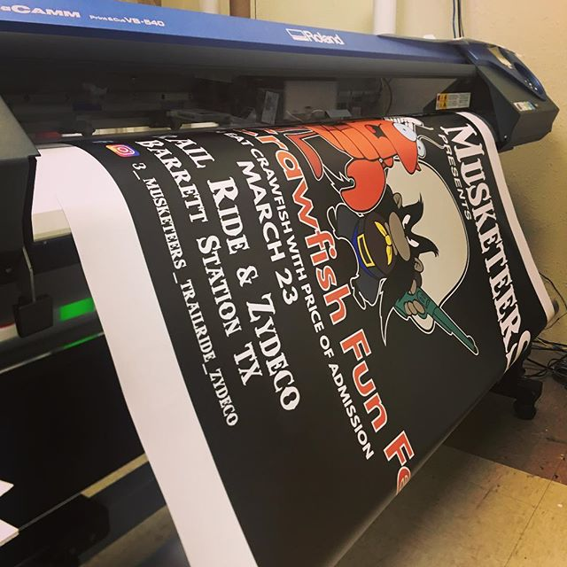 Fast turnaround on full color banners. #banners #printing #leaguecity #friendswood #webster #inkanddesign