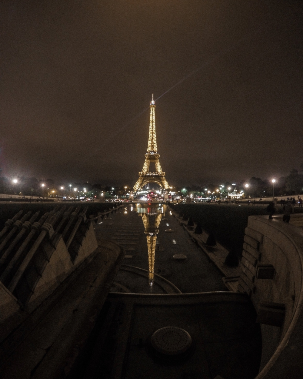 eiffel_tower_tips_for_new_travelers