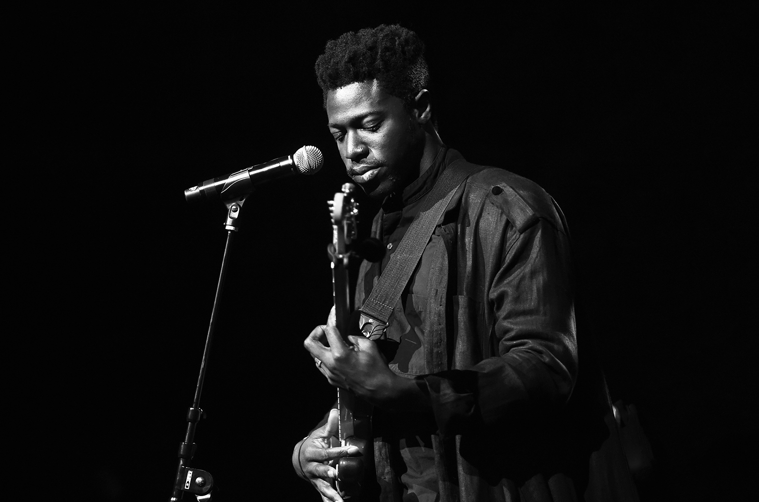 moses-sumney-jan-2017-billboard-1548.jpg