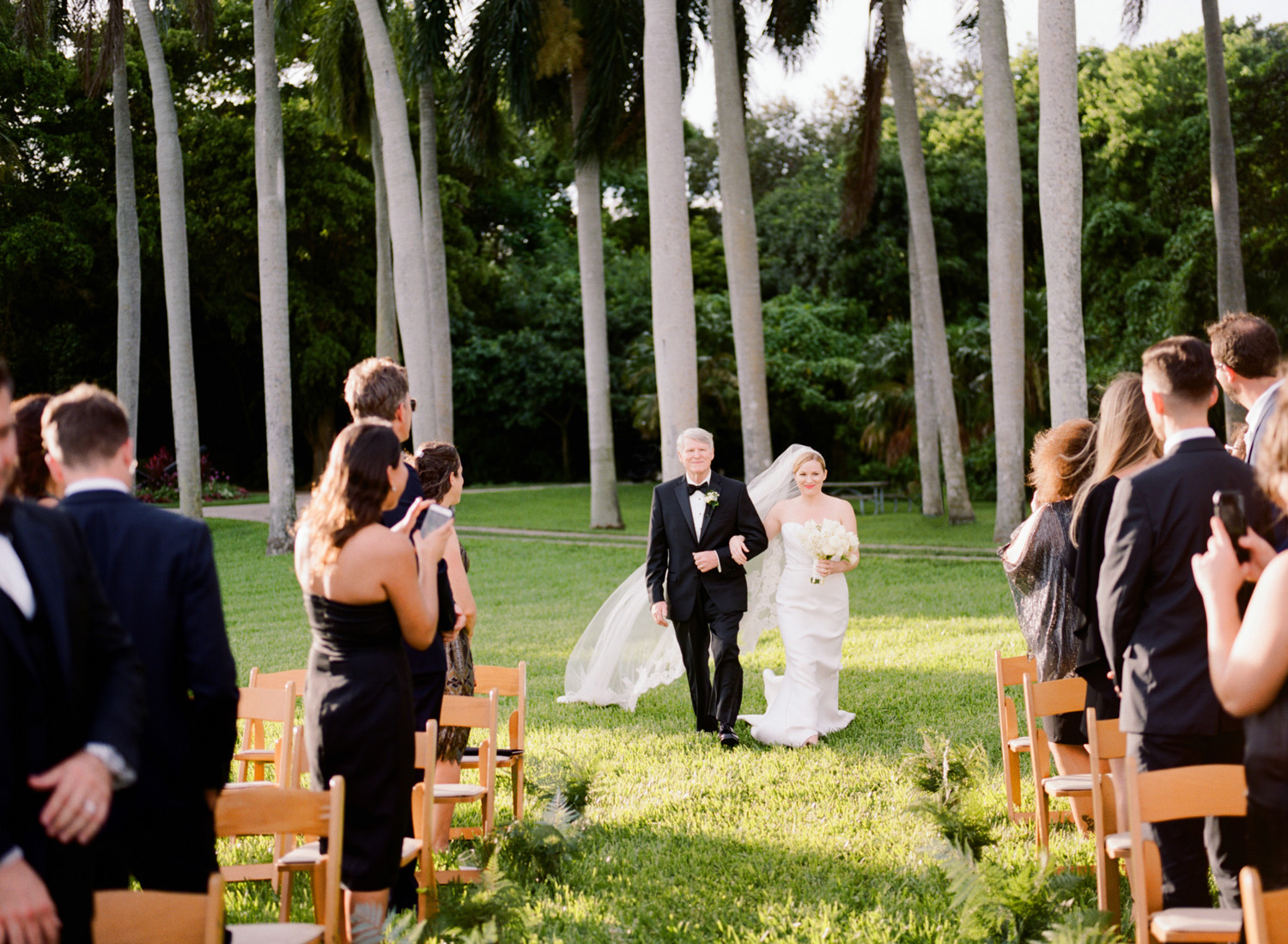Laura-Carlos-Wedding-Ceremony-027.jpg