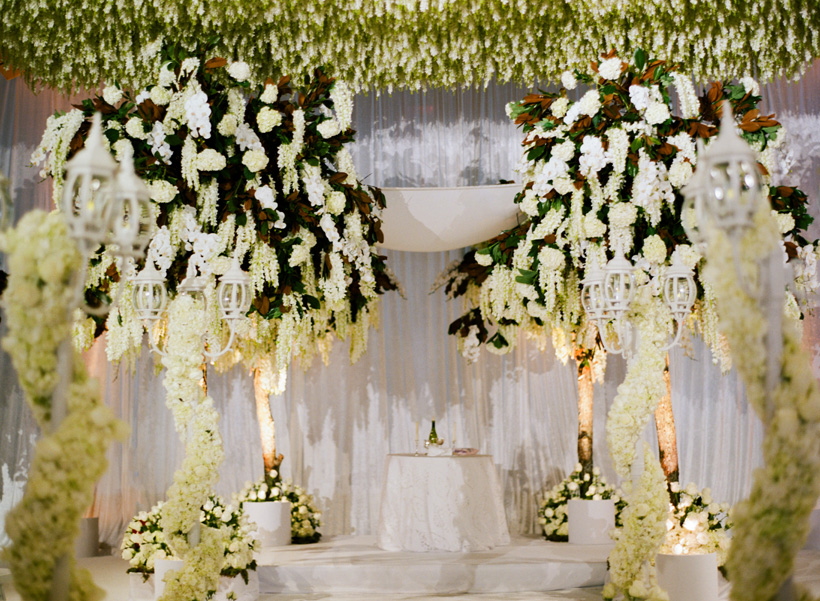 Stunning Chuppah design to evoke springtime in Central Park at this elegant Palm Beach wedding. Florals: Flowers by Brian. Photo by Kat Braman