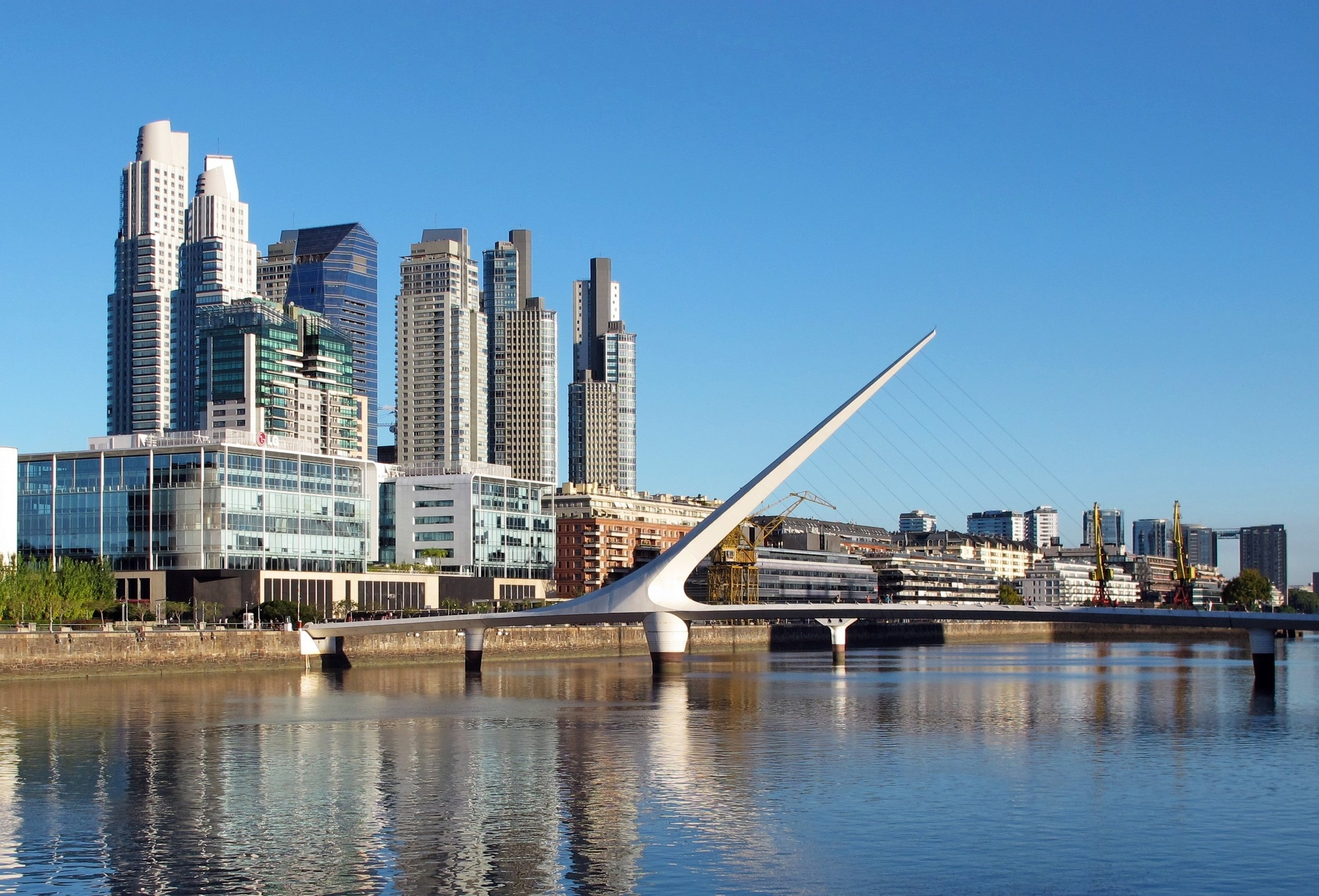 Buenos_Aires_Puerto_Madero_13.jpg