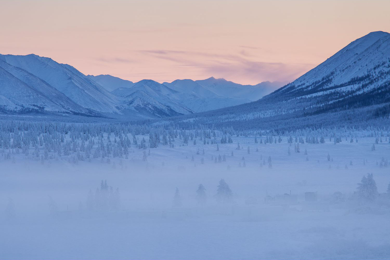 Frigid forests populate the landscape near Oymyakon (Image:  Wikimedia Commons )