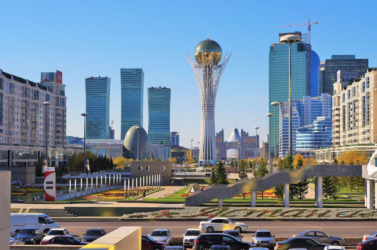 Baiterek Tower rises high in downtown Astana (Image:  Wikimedia Commons )