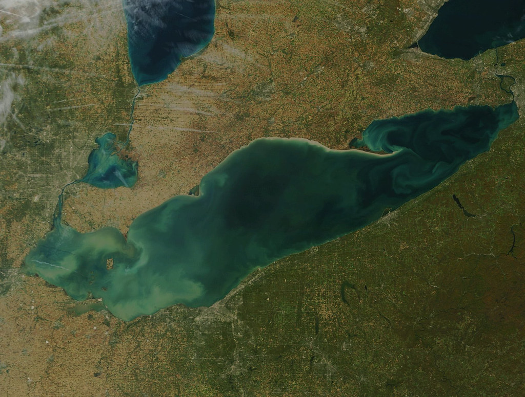5. Lake Erie - -Surface Area: 9,910 sq. miles (4th)-Volume: 116 cubic miles (5th)-Depth: 210 ft. (5th)-Shore Length: 871 miles (4th)