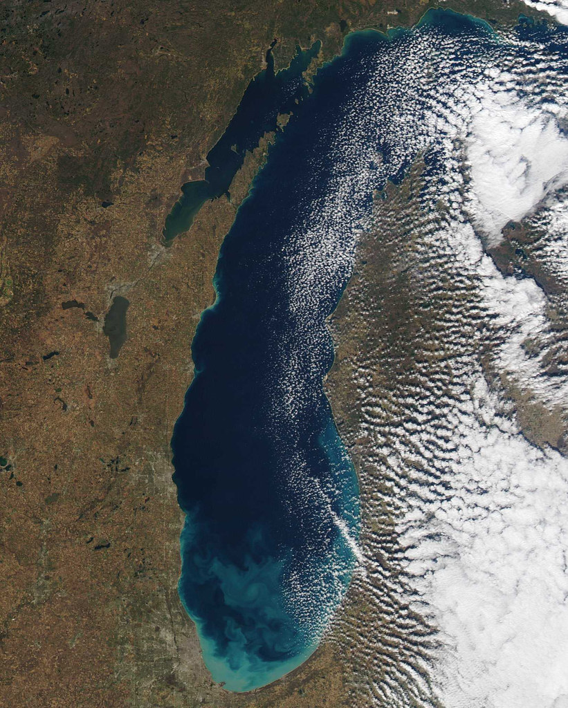 1. Lake Michigan - -Surface Area: 22,404 sq. miles (3rd)-Volume: 1,180 cubic miles (2nd)-Depth: 923 ft. (2nd)-Shore Length: 1,638 miles (3rd)