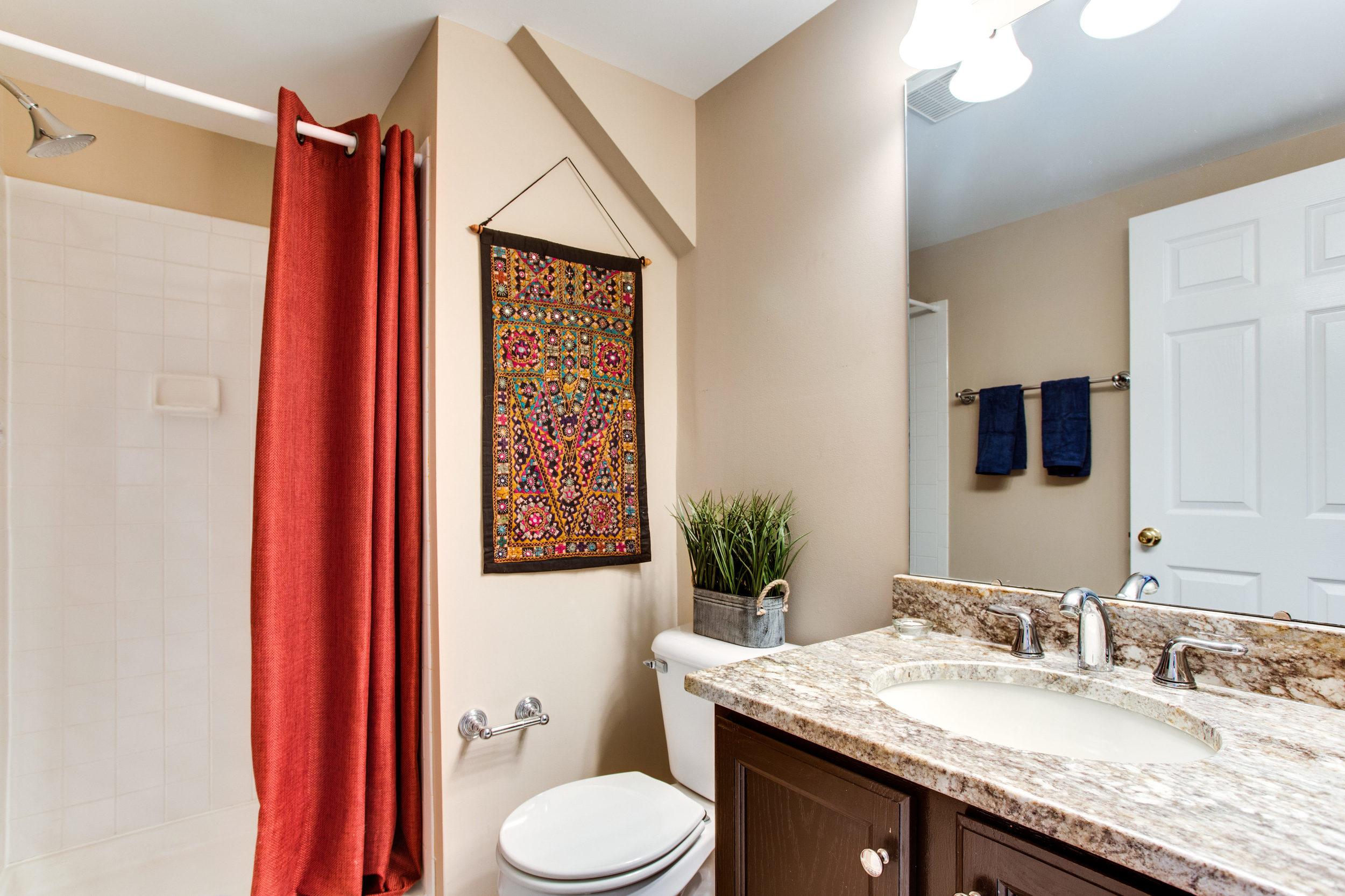 4380 Sutler Hill Square-print-030-24-Bathroom-4200x2801-300dpi.jpg