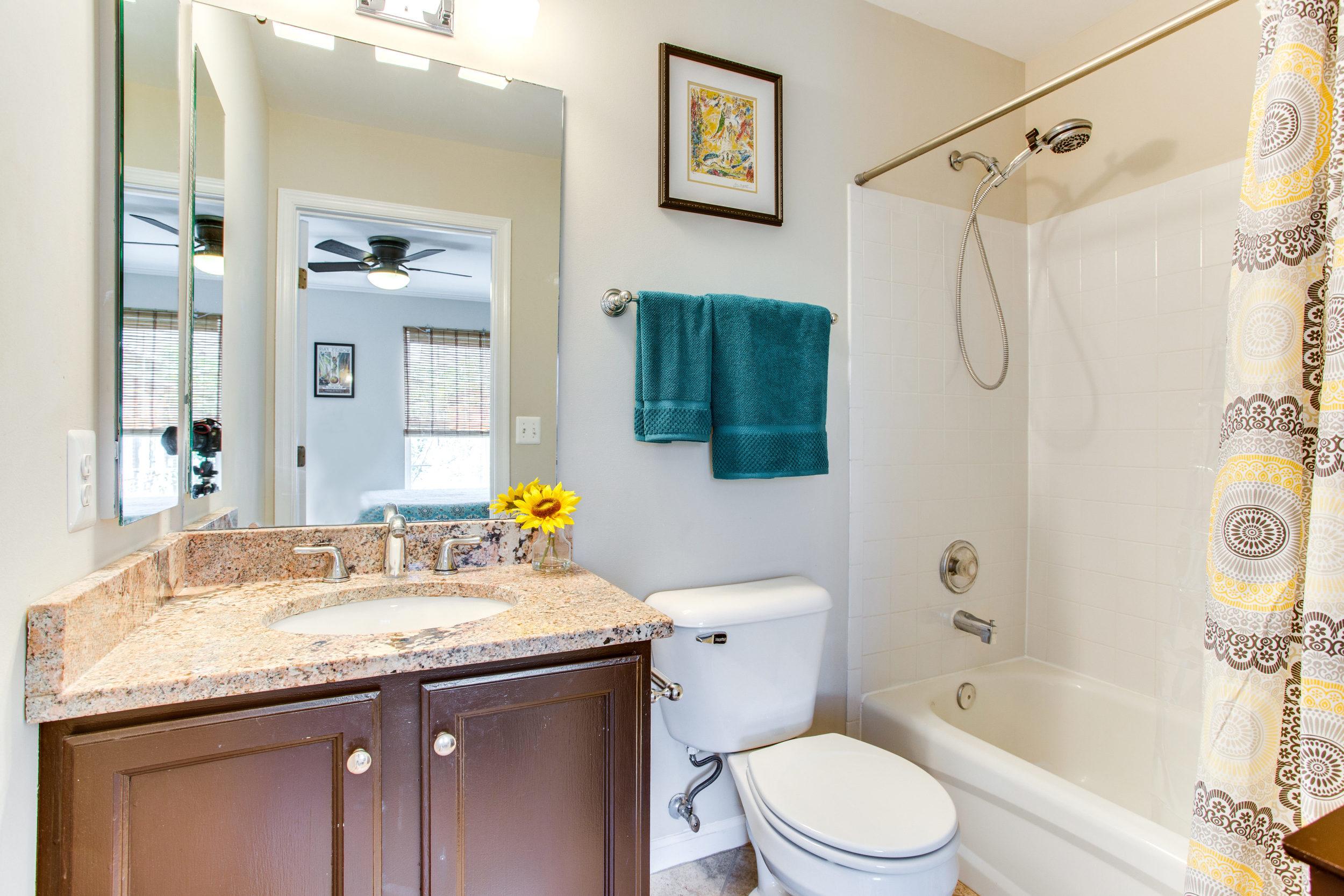 4380 Sutler Hill Square-print-038-34-Bathroom-4200x2800-300dpi.jpg