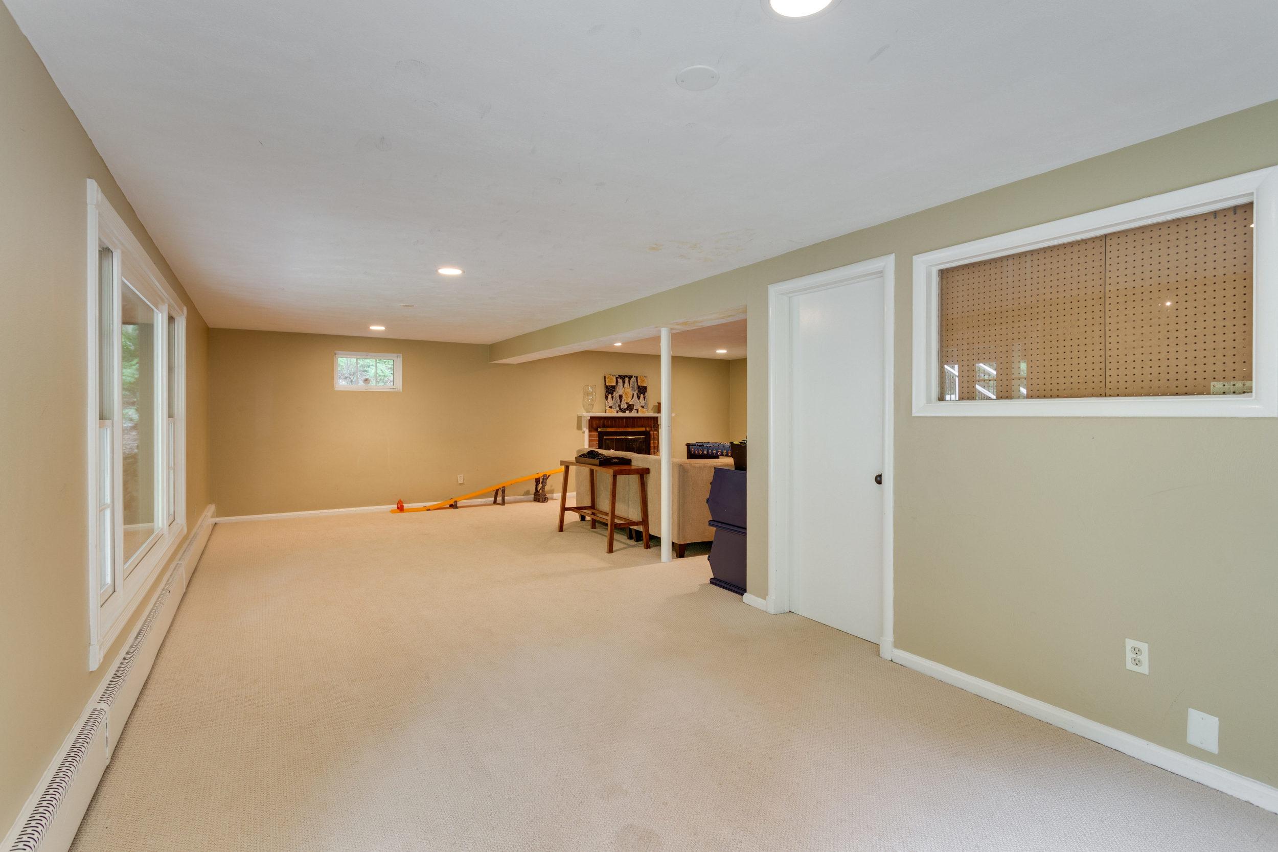 1519 Crestwood Ln McLean VA-print-039-39-Recreation Room-4200x2800-300dpi.jpg