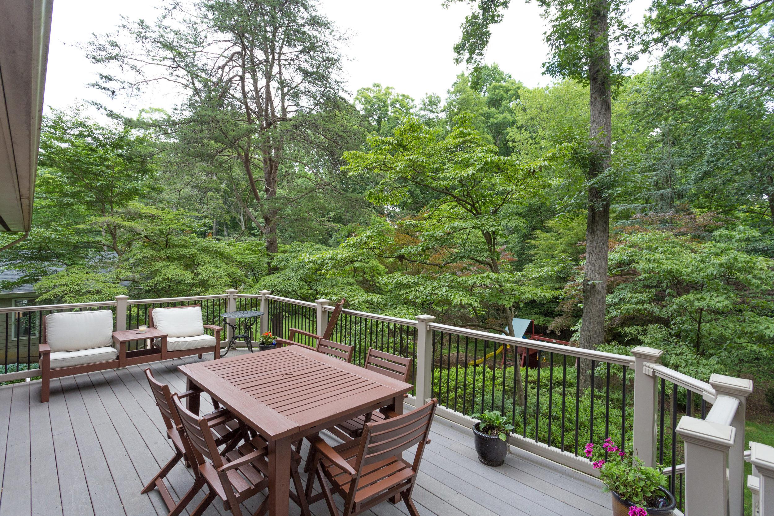 1519 Crestwood Ln McLean VA-print-012-12-Deck-4200x2800-300dpi.jpg